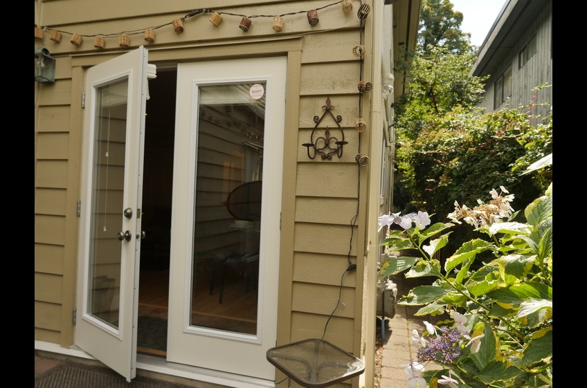 French doors into suite at Ferry Walk House, Horseshoe Bay. Owner direct home stay